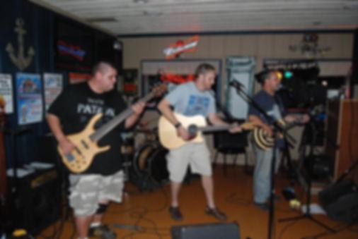 live bands,drifters,pub,grill,salem,padd