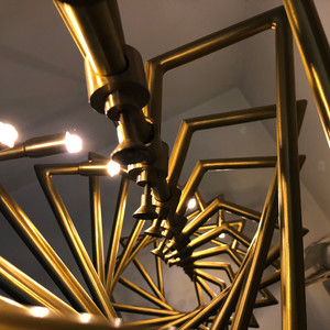 chandelier r90 (1).jpg