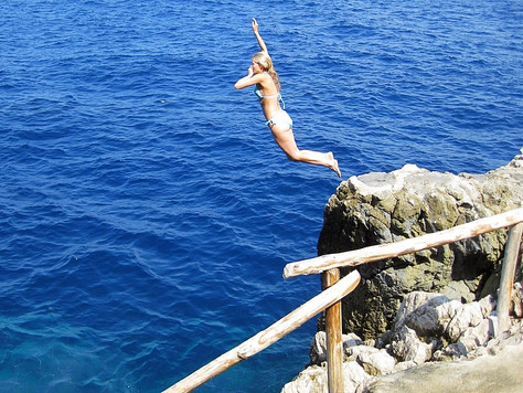 Rock Jumping (Capri, Italy)