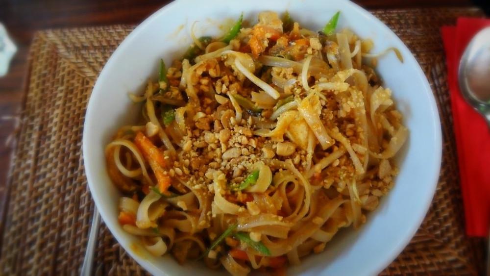 Pad Thai Lunch at Dabuda Thai