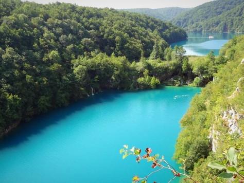 Upper and Lower Lake (Plitvice Lakes, Croatia)