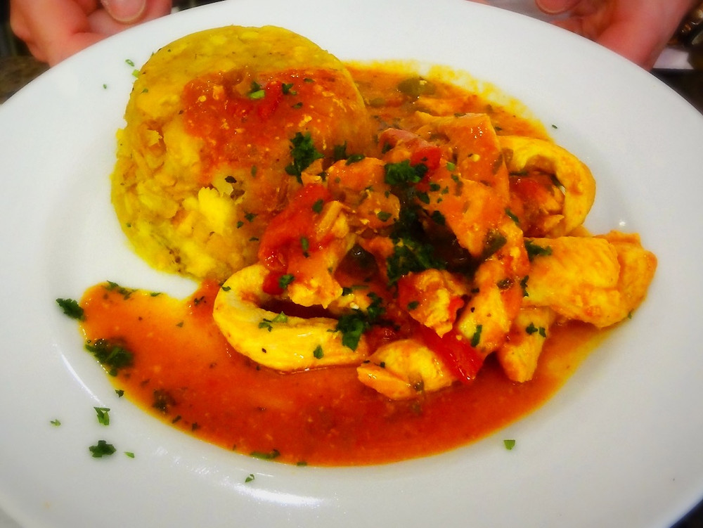 Trifongo with Chicken and Creole Sauce