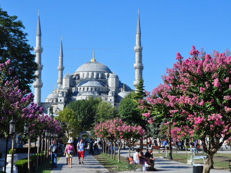 The Blue Mosque (Istanbul, Turkey)