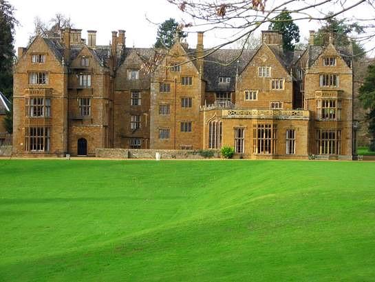 Wroxton Abbey (Banbury, England)