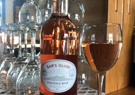 Pinot rose.jpg