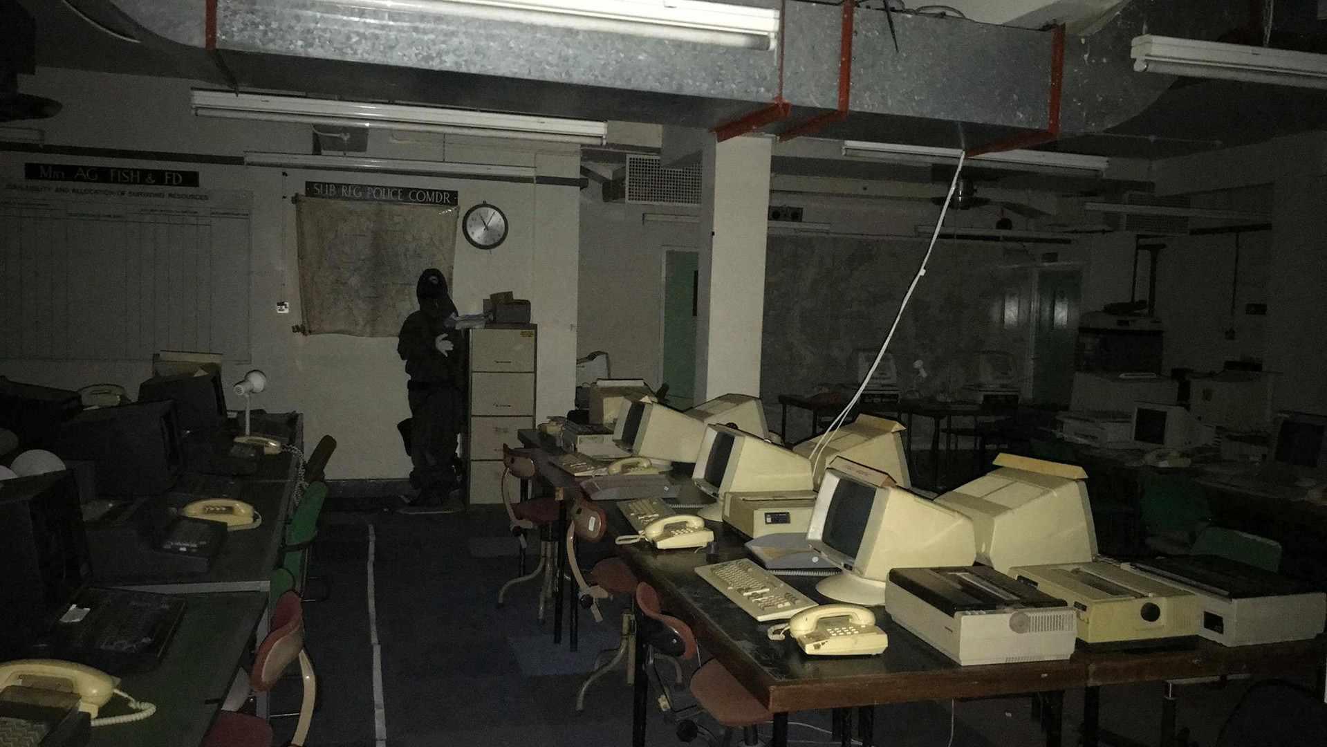 computer room 16jpg.jpg