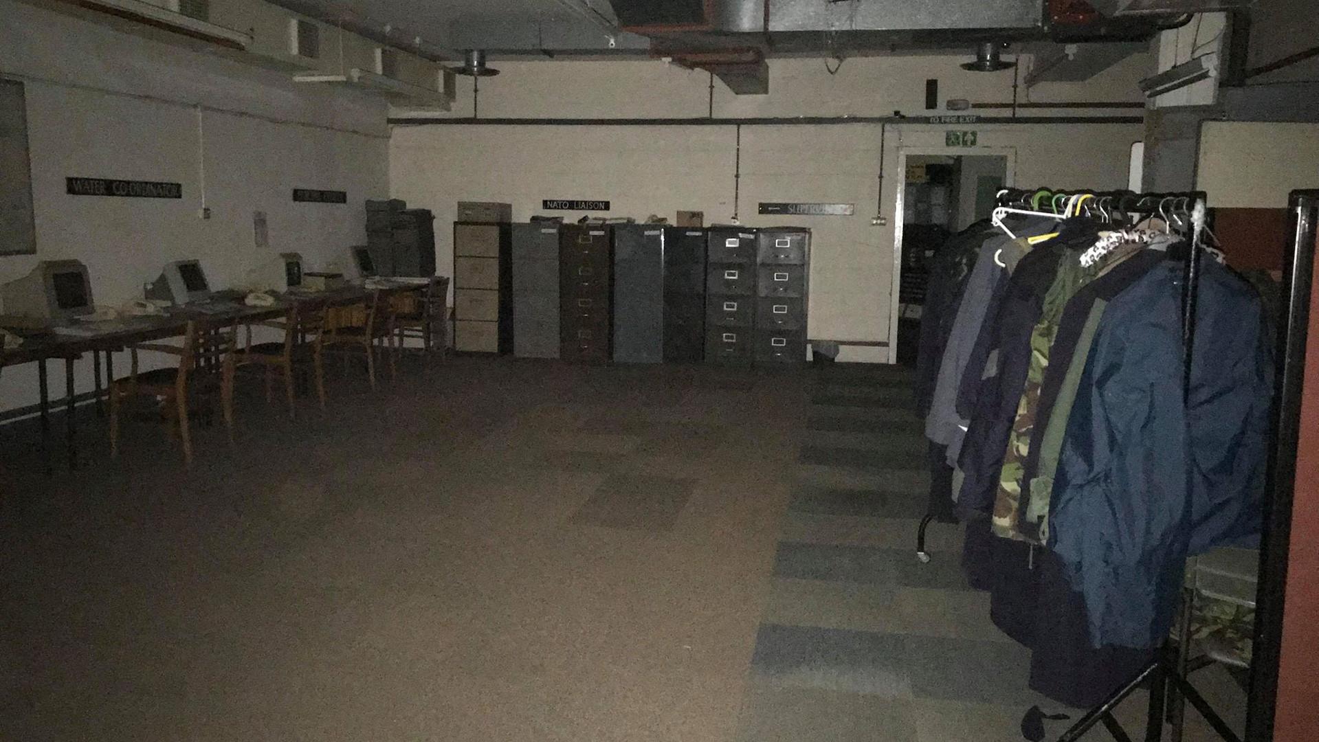 computer room 6.jpg