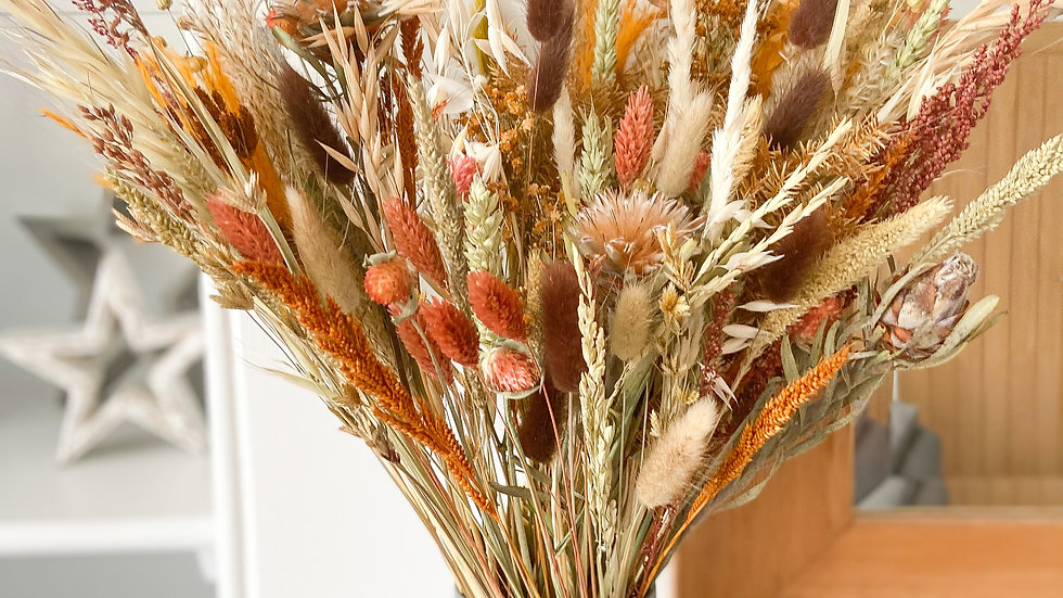 HINT OF RUST EVERYDAY BOUQUET