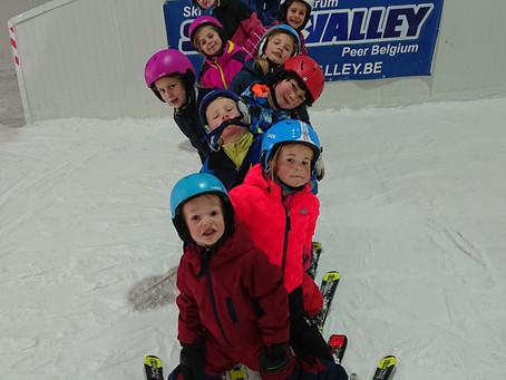 Op welke leeftijd kan je kinderen leren skiën?