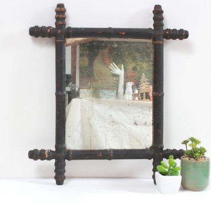 Miroir bois ancien
