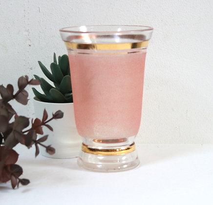 Petit vase rose Art Déco