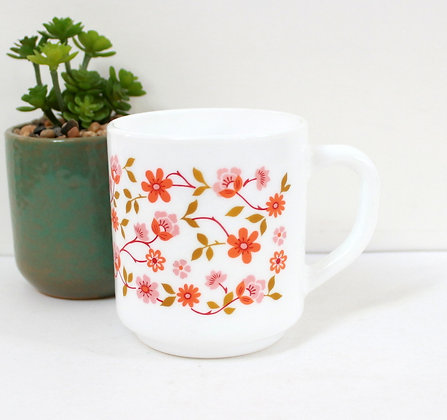 Mug Arcopal à fleurettes