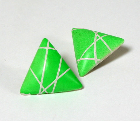 Clips triangles verts