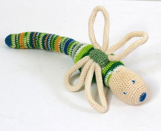 Hochet libellule en crochet
