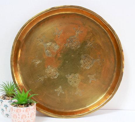Plateau rond en cuivre doré