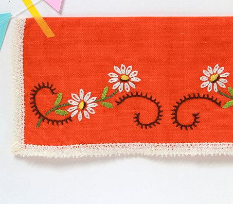 Range-serviette fleuri