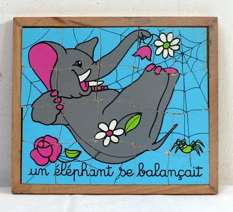 Un éléphant se balançait