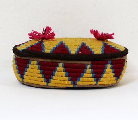 Boîte ethnique multicolore
