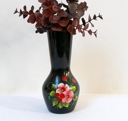 Petit vase en métal peint