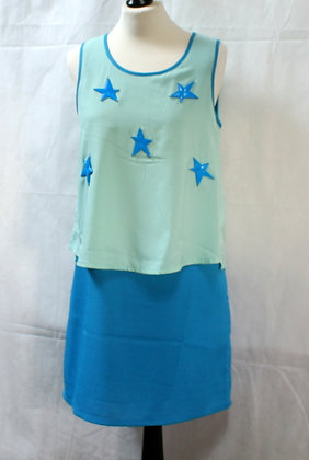 Robe bleue aux étoiles