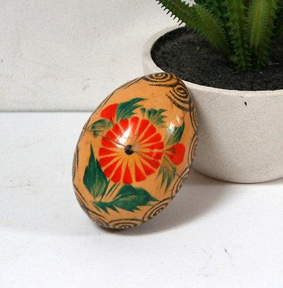 Boîte oeuf en bois peint