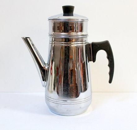 Cafetière en cuivre chromé