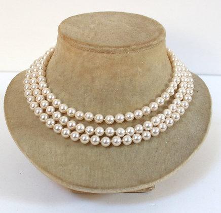 Collier de perles 1960