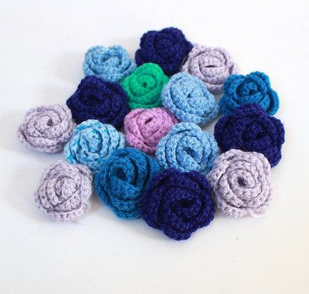 Fleurs crochetées bleues