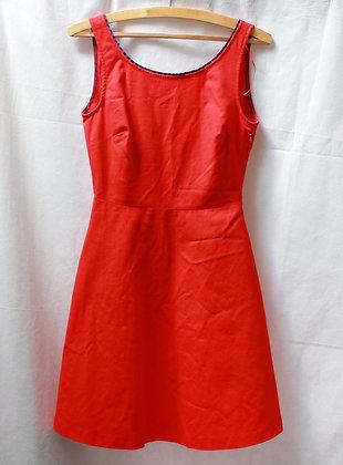 Robe trapèze rouge style rétro