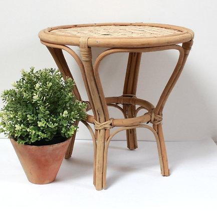 Mini table en rotin