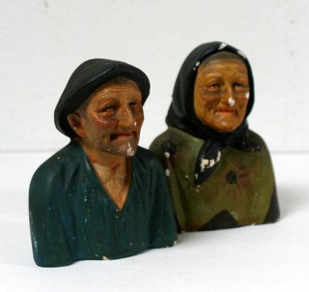 Couple de bustes en plâtre