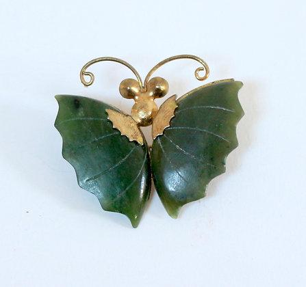 Broche papillon en jade et laiton