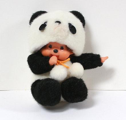 Kiki panda assis