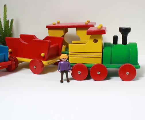 Grand train en bois