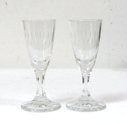 Deux verres à porto anciens
