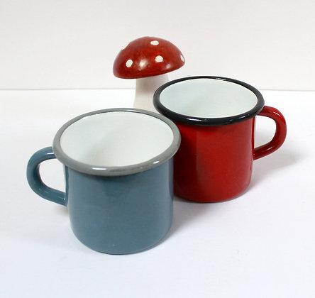 Mugs en tôle émaillée