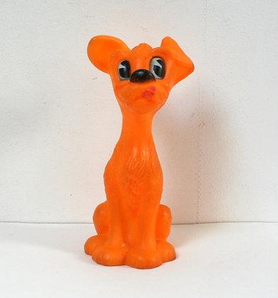Pouet chien orange