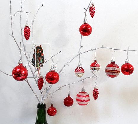 Boules de Noël anciennes rouges