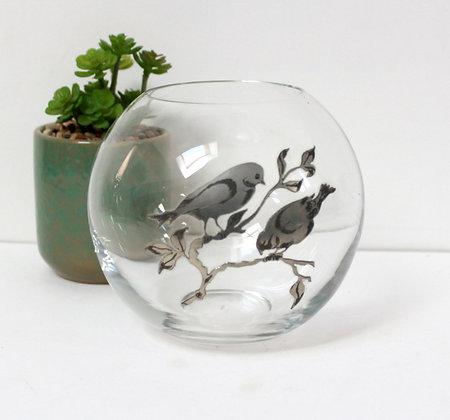 Vase boule décor en étain