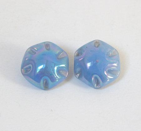 Clips bleus irisés