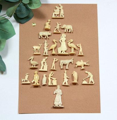 24 figurines vintage