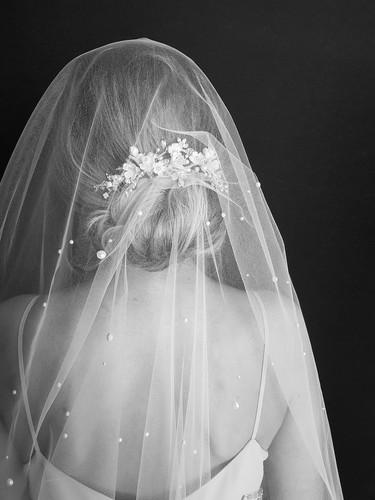 THEODORE-pearl-veil-in-chapel-length-6.j