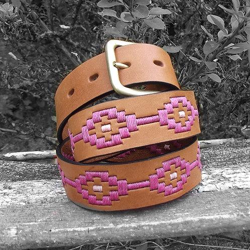 Cinturón Rombitomarron suavecolores femeninos. CIN 41
