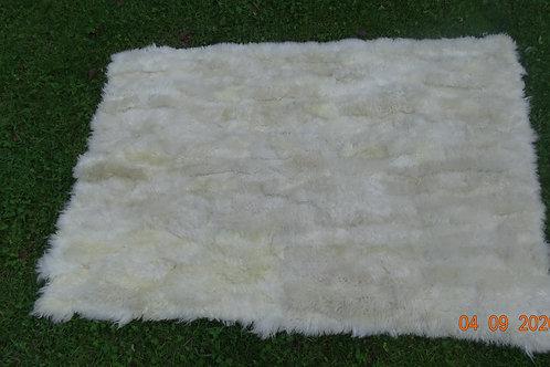 White Sheepskin Rug. ALF 04.