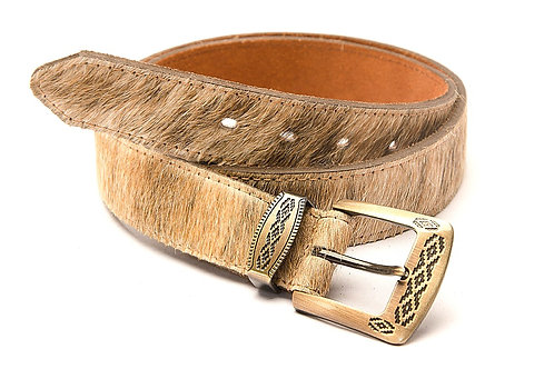 Cowhide leather belt with 'Pampa' buckle and loop. CIN 07