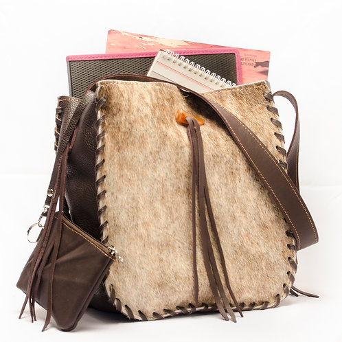 Cowhide leather handbag with fringed and leather coin holder. BOLS 01.