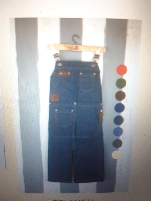 Jean & leather apron. DEL 04