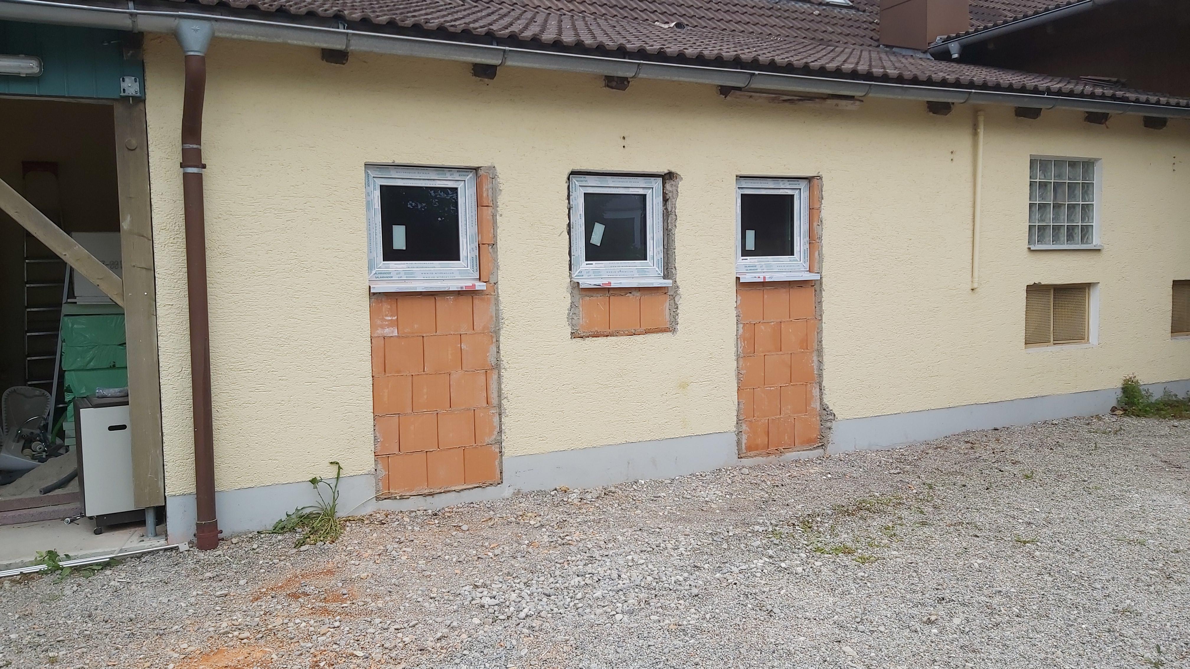 WC Außentüren verschlossen