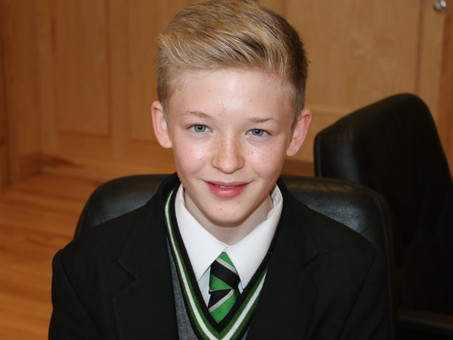 Rising Opera Star, Tom Deazley, returns to the College after a successful tour with Benjamin Britten