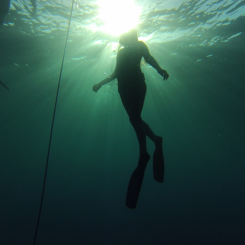 freediver on the way up